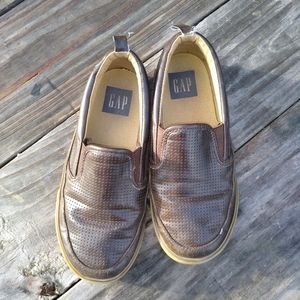 GAP size 1 Brown loafers